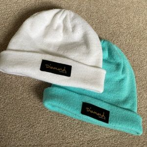 ( 2 pack ) Diamond supply co. Toques